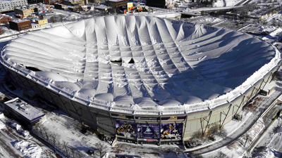 Related Articles. Snowstorm Collapses US Stadiumu0027s Roof ...